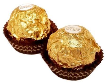 Ferrero, Ferrero Rocher, pralinki z orzechem laskowym i czekoladą mleczną, copyright Olga Kublik