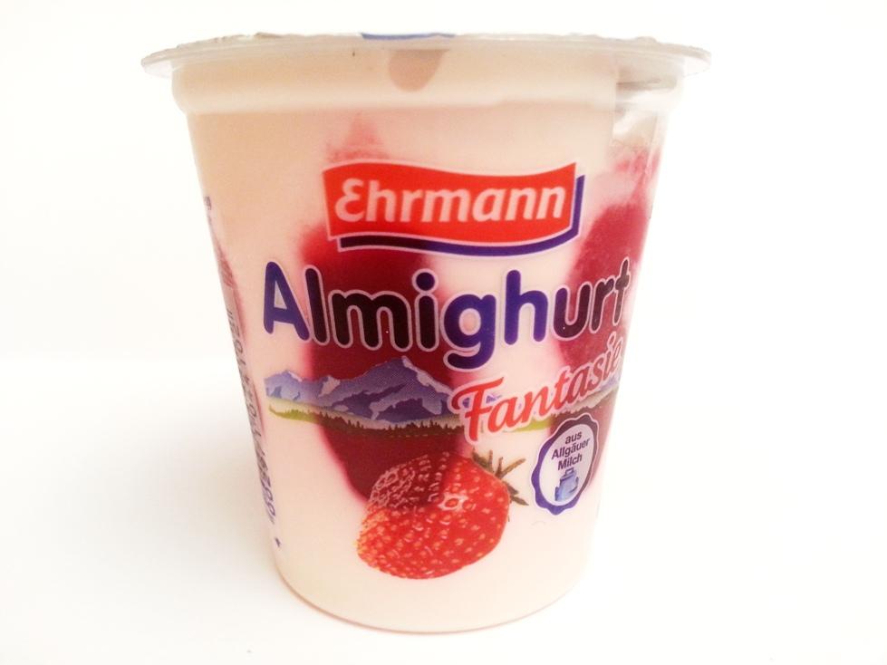 Ehrmann Almighurt Fantasie Erdbeere (2)