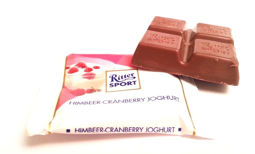 Ritter Sport mini Sommer-Mix Himbeer-cranberry joghurt (3)