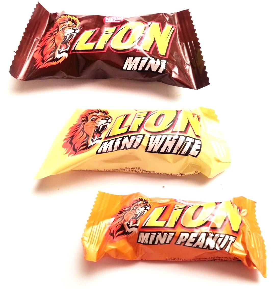 Nestle, Lion w kakaowej polewie, white, peanut