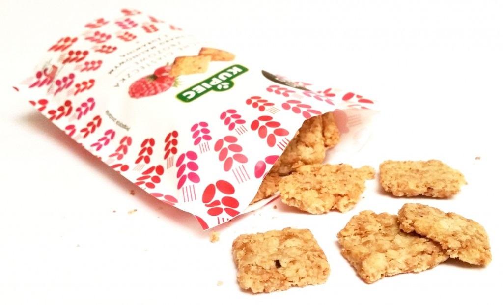 Kupiec, Kruche ciasteczka zbożowe o smaku malinowym z żurawiną (1)