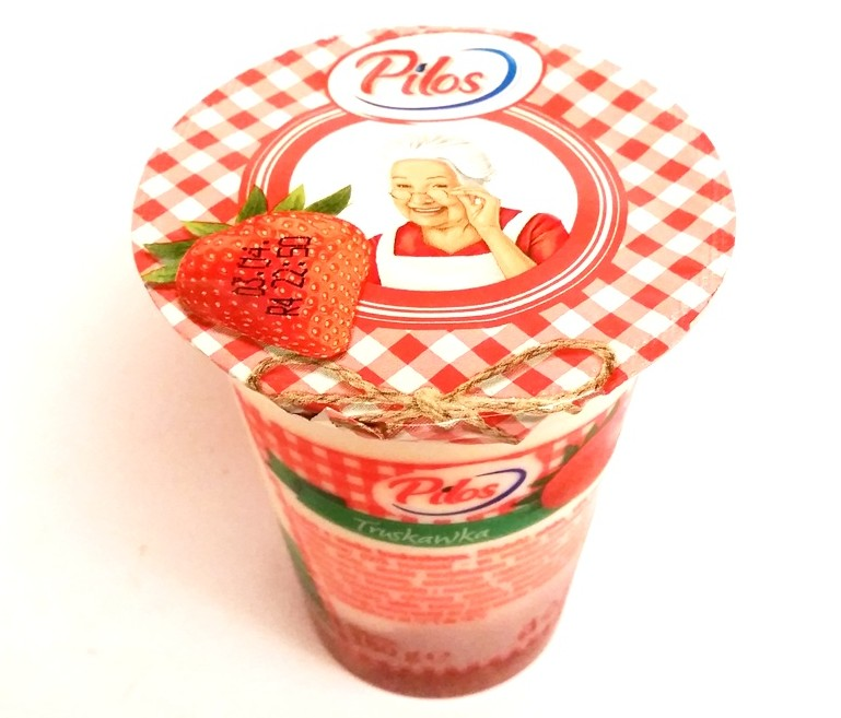 Pilos, jogurt Truskawka (1)