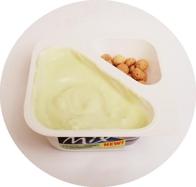 Muller, Muller Mix Pistacio Jogurt + Amarettini (5)