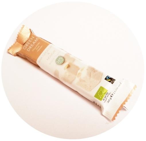 Green Dream, Milk Chocolate & Nougat 36% (Biozona) | living on my own