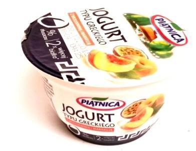 Piątnia, Jogurt typu greckiego 0 tłuszczu z brzoskwinią i marakują (1)