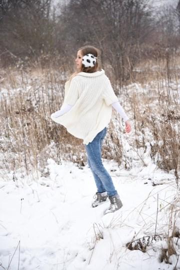 Zimowa sesja w swetrze (7)