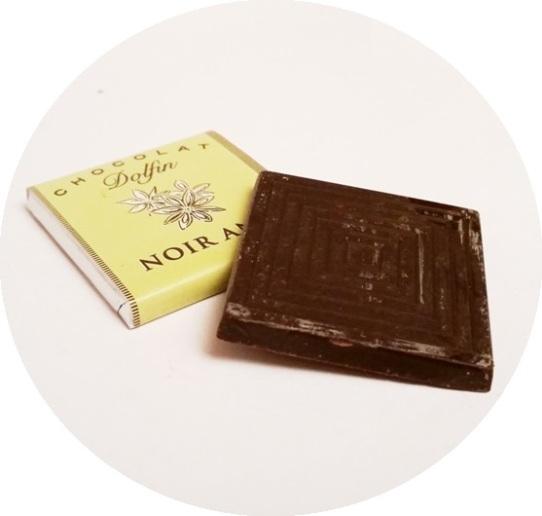 Dolfin, miniaturki Lait, Lait Cafe, Lait Nougatine, Noir Nougatine, Noir Lavande, Noir Orange, Noir Anis, Noir 70, Noir 88 (10)