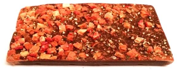 Meybona, Collage Trio Zartbitterschokolade mit Erdbeer-Pfeffer, Vollmilchschokolade mit Cranberry-Kokos, Weisse Schokolade mit Kirsch-Mohn (4)