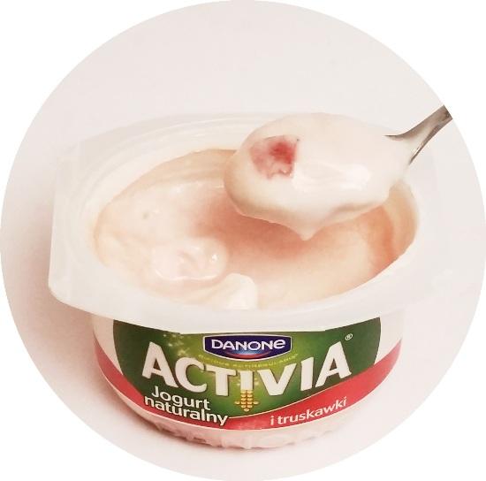 Danone, Activia Jogurt naturalny i truskawki (3)
