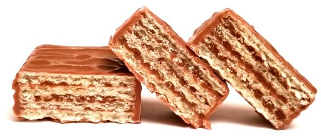 Schar, Snack, bezglutenowy wafel z kremem o smaku orzechowym, oblany mleczną czekoladą, copyright Olga Kublik