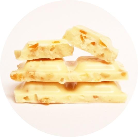 Wedel, Chrrrup biala z czastkami mango i chrupkami (3)