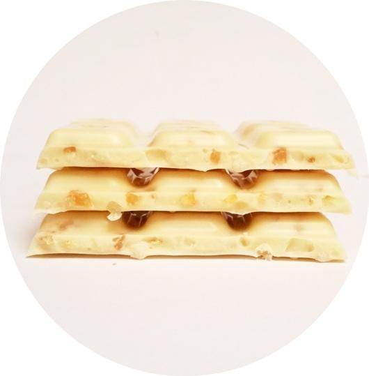 Wedel, Chrrrup biala z czastkami mango i chrupkami (7)