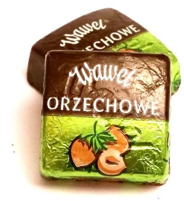 Wawel, czekoladki Orzechowe (1)