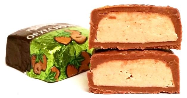 Wawel, czekoladki Orzechowe (3)