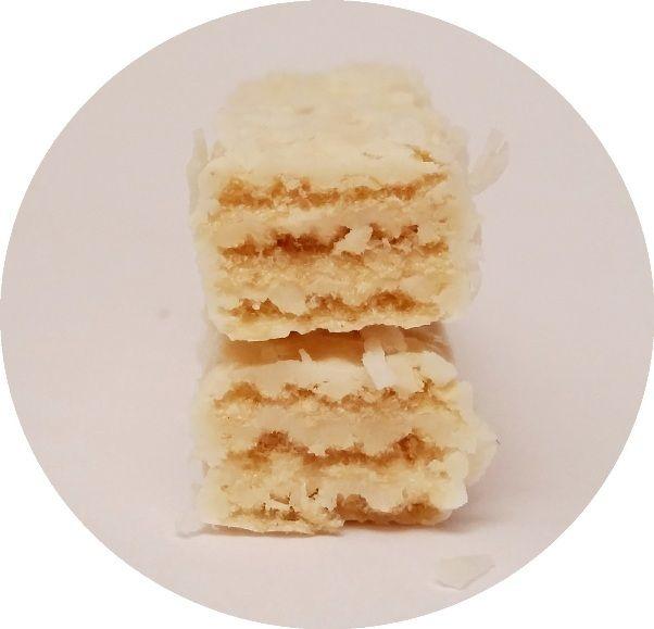 Dr Gerard, Pryncypałki Kokos, kruche wafelki w białej czekoladzie z wiórkami kokosowymi, copyright Olga Kublik