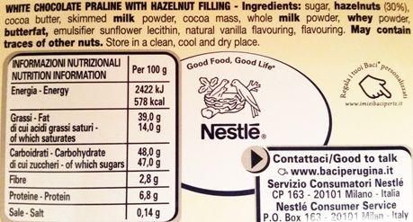 Nestle, Perugina Baci: Bianco, klasyczne, praliny z kremem i orzechami laskowymi, skład i wartości odżywcze, copyright Olga Kublik