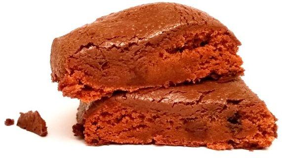 OhYeah!, Low Carb Bar Chocolate Brownie Flavor, czekoladowy baton proteinowy dla osób ćwiczących, copyright Olga Kublik