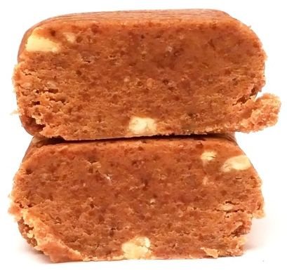 MaxSport, Raw Protein Paleo Peanut Volcano, wegański surowy baton bez glutenu o smaku masła orzechowego, copyright Olga Kublik