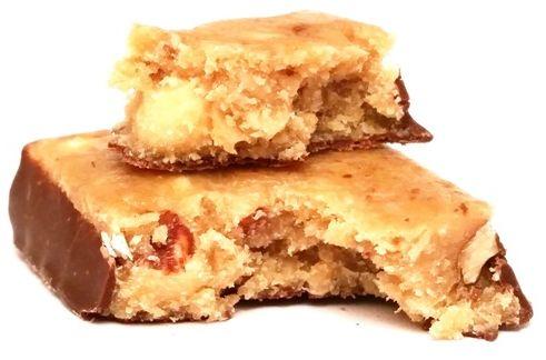 Rupa, Choco-Almonds Flapjack Ovesna Tycinka, zdrowy baton owsiany z prażonymi migdałami i czekoladą, copyright Olga Kublik