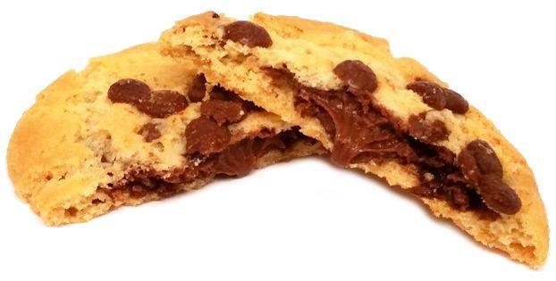 Milka, Sensations, kruche ciasteczka typu pieguski z kawałkami czekolady i kremem czekoladowym, copyright Olga Kublik
