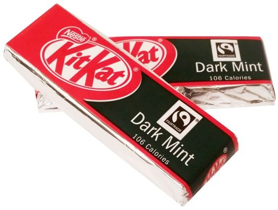 Nestle, Kit Kat Dark Mint, kakaowe batoniki w ciemnej czekoladzie o smaku mięty, copyright Olga Kublik