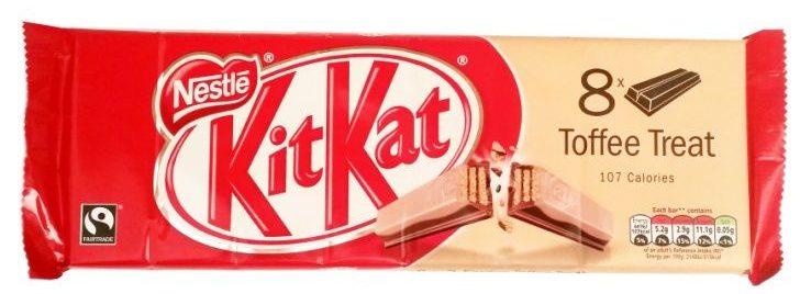 Nestle, Kit Kat Toffee Treat, kruche kakaowe wafle z czekoladą ciemną i białą o smaku toffi, copyright Olga Kublik