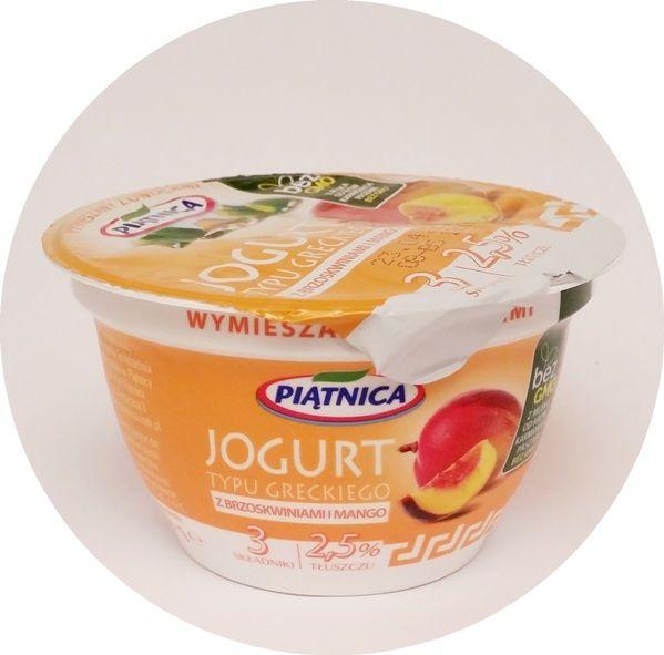 Piątnica, Jogurt typu greckiego 2,5% tłuszczu z brzoskwiniami i mango, copyright Olga Kublik
