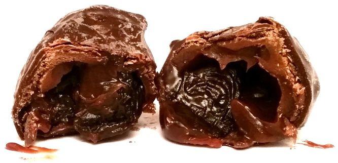 Jutrzenka Dobre Miasto, Luximo Premium Malaga z rodzynkami i truflą w czekoladzie, copyright Olga Kublik