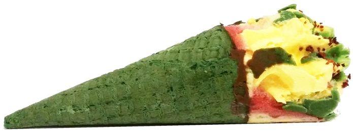 Nestle Scholler, rożek lodowy Kaktus, sorbet truskawkowy i lody cytrynowe z zieloną polewą, copyright Olga Kublik
