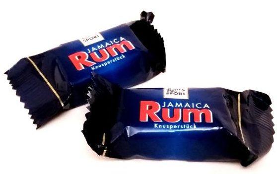 Ritter Sport, Jamaika Rum Knusperstück, czekoladki w mlecznej czekoladzie z rumem i rodzynkami, copyright Olga Kublik