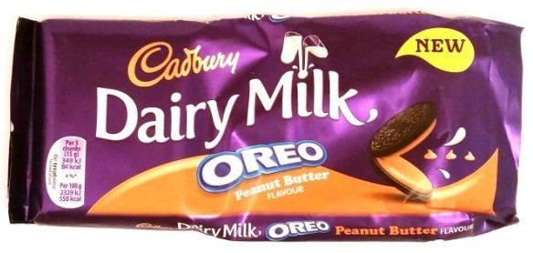 Cadbury, Dairy Milk Oreo Peanut Butter, mleczna czekolada z nadzieniem o smaku masła orzechowego i kakaowymi herbatnikami, copyright Olga Kublik