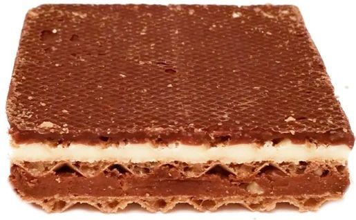 Sondey, Rizer mleczno-orzechowy, wafelek z kremami o smaku mlecznym i kakaowym z orzechami, odpowiednik Knoppersa z Lidla, copyright Olga Kublik