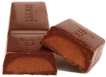 Storck, Merci czerwone Dark mousse czekoladka mus czekoladowy, copyright Olga Kublik