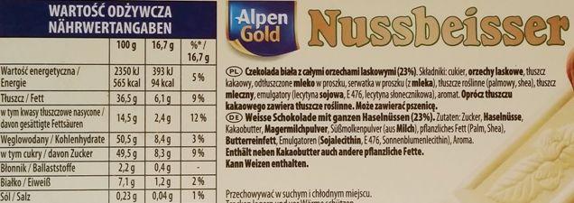 Alpen Gold, Nussbeisser Czekolada biała z całymi orzechami laskowymi, czekolada z okienkiem, skład i wartości odżywcze, copyright Olga Kublik