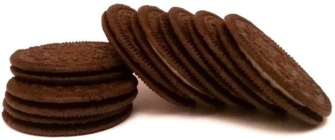 Mondelez, Oreo Crispy and Thin, cienkie kakaowe herbatniki z waniliowym kremem, amerykańskie markizy, copyright Olga Kublik