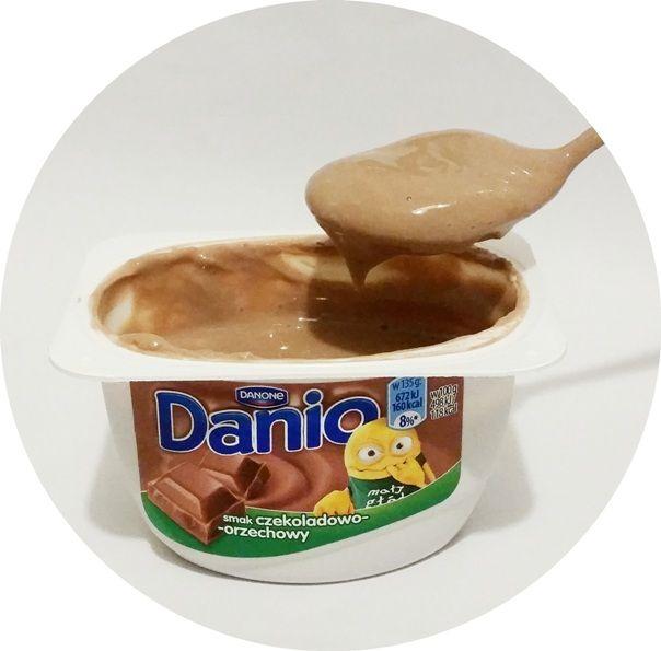 Danone, Danio smak czekoladowo-orzechowy, serek homogenizowany czekolada i orzechy laskowe, copyright Olga Kublik