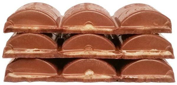 Millano-Baron, Ryelands Chocolates Peanut Butter Filled milk chocolate z Tesco, mleczna czekolada z nadzieniem - kremem o smaku masła orzechowego, copyright Olga Kublik