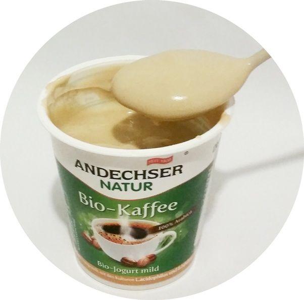 Andechser Molkerei Scheitz, Andechser Natur Bio-Kaffee Bio-jogurt mild, bio jogurt o smaku kawy z Carrefoura, copyright Olga Kublik