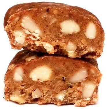 Raw and Happy, Yummy raw bar nuts, surowy wegański baton bez glutenu z orzechami, migdałami, daktylami i rodzynkami, copyright Olga Kublik