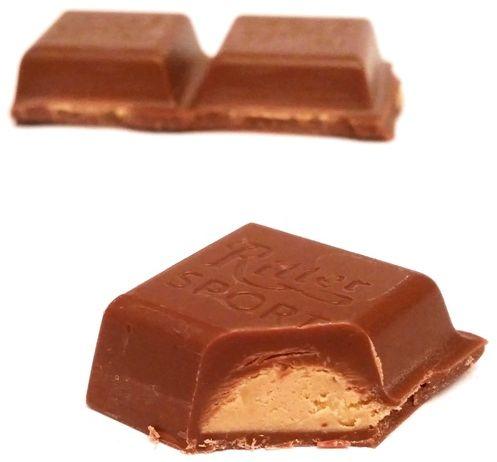 Ritter Sport, Karamell-Mousse mleczna czekolada karmelowym musem i migdałami, copyright Olga Kublik