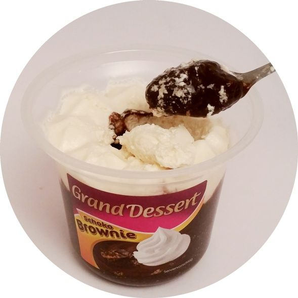 Ehrmann, Grand Dessert Schoko Brownie, pudding budyń o smaku czekoladowego ciasta z kaszą manną, copyright Olga Kublik