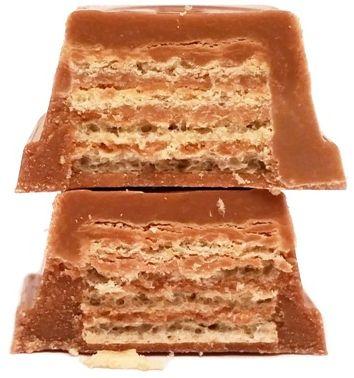 Nestle, Kit Kat Chunky with extra milk and cocoa, kruchy wafel z kremem kakaowym oblany mleczną czekoladą, copyright Olga Kublik