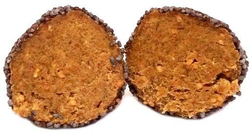 Purella Food, Enjoy Pure Natural Raw Bites Figa z makiem, wegańskie surowe praliny z daktyli z chlorellą, raw food, bez glutenu, copyright Olga Kublik