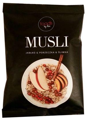 Foods by Ann, Musli owsianka jabłko porzeczka śliwka, copyright Olga Kublik