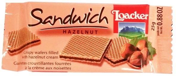 Loacker, Sandwich Hazelnut, kruche wafelki z kremem o smaku orzechów laskowych, copyright Olga Kublik