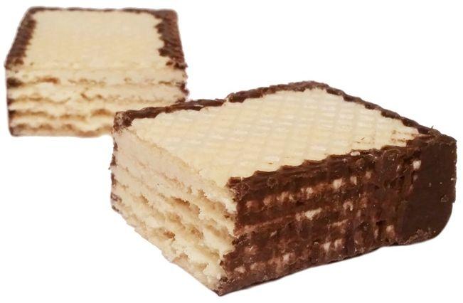 Mokate, Hi Easy wafel Mleczny, kruchy wafel z kremem mlecznym częściowo oblany czekoladą, słodycze z Auchan, copyright Olga Kublik