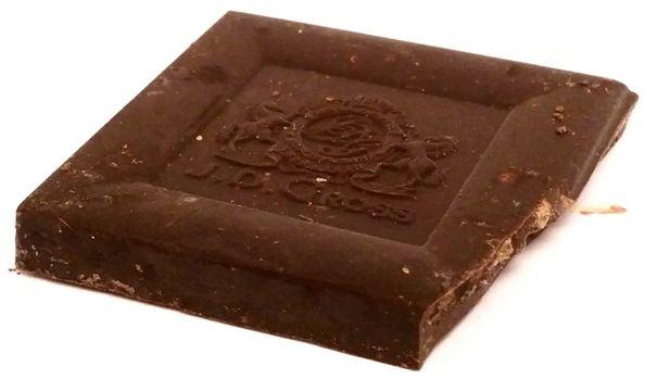 J. D. Gross, czekolada gorzka Ekwador 70 z kawałkami karmelu, ciemna czekolada z Lidla, copyright Olga Kublik