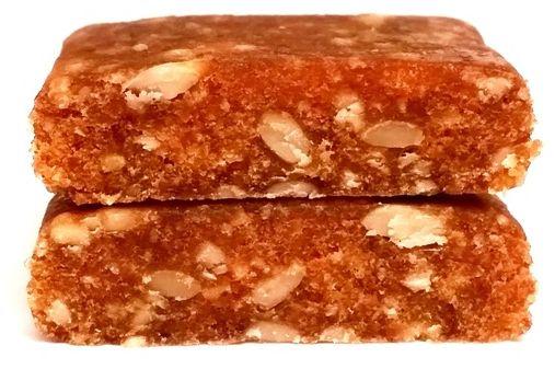 Foods by Ann, Pocket Energy Bar Marchew Pomarańcza, surowy wegański batonik od Anny Lewandowskiej, copyright Olga Kublik