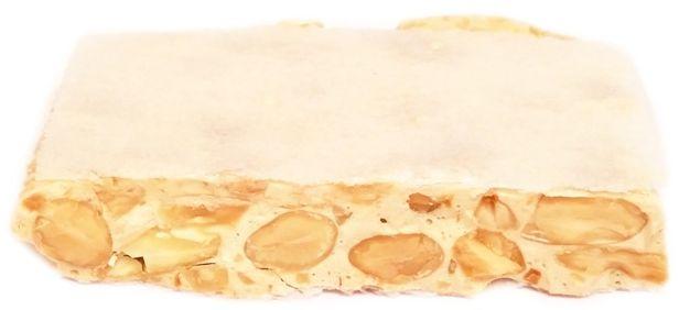 HiperDino, Turron de Alicante, twardy hiszpański nugat z migdałami i opłatkiem, copyright Olga Kublik
