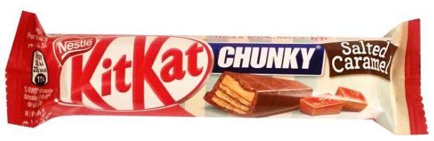 Nestle, Kit Kat Chunky Salted Caramel, batonik czekoladowy z kremem kakaowym i o smaku słonego karmelu, copyright Olga Kublik